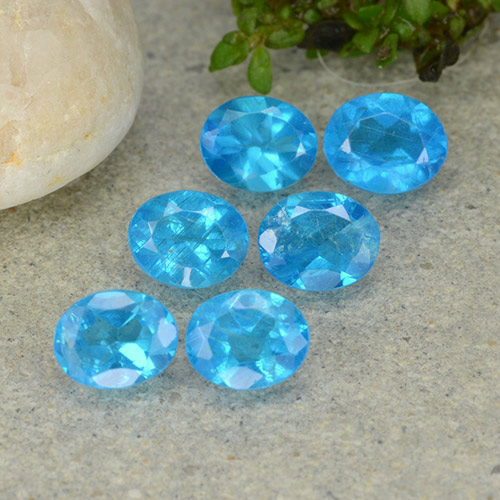 0.4ct Oval Facet Medium Blue Apatite Gem (ID: 488824)