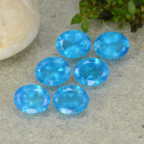 0.4ct Oval Facet Swiss Blue Apatite Gem (ID: 488825)