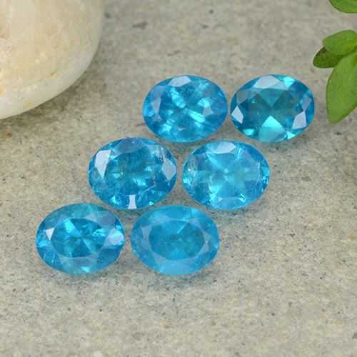 0.4ct Oval Facet Deep Aqua Blue Apatite Gem (ID: 488828)