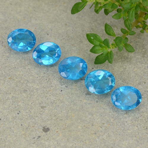 0.3ct Oval Facet Deep Azure Apatite Gem (ID: 488831)