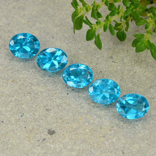 0.4ct Oval Facet Medium Blue Apatite Gem (ID: 488833)