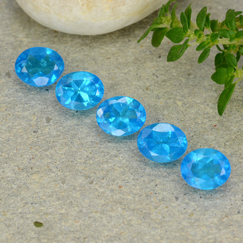 0.4ct Oval Facet Intense Blue Apatite Gem (ID: 488839)
