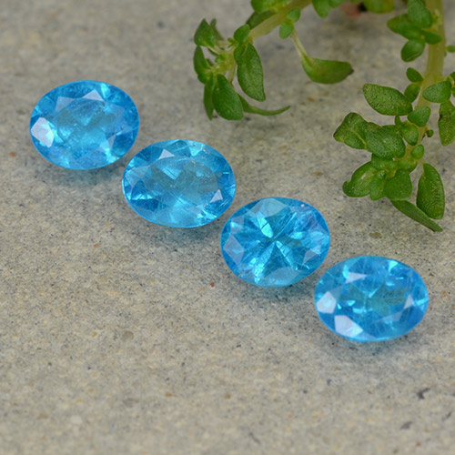 0.4ct Oval Facet Blue Apatite Gem (ID: 488858)