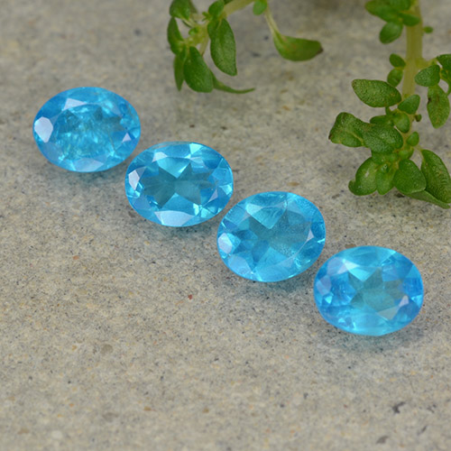 0.4ct Oval Facet Deep Aqua Blue Apatite Gem (ID: 488861)