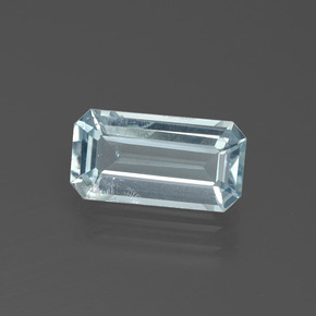 thumb image of 2ct Octagon Facet Light Blue Aquamarine (ID: 390462)