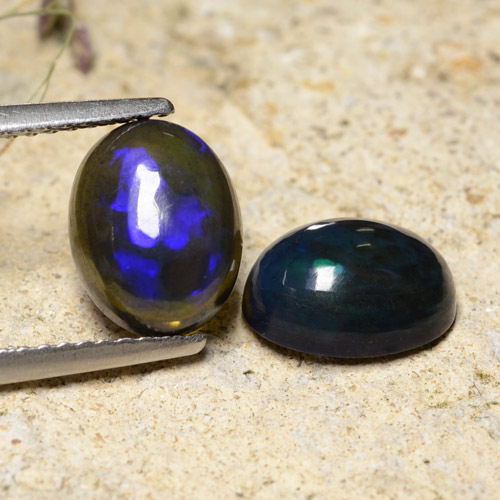 1.4ct Oval Cabochon Multicolor Black Opal Gem (ID: 473375)
