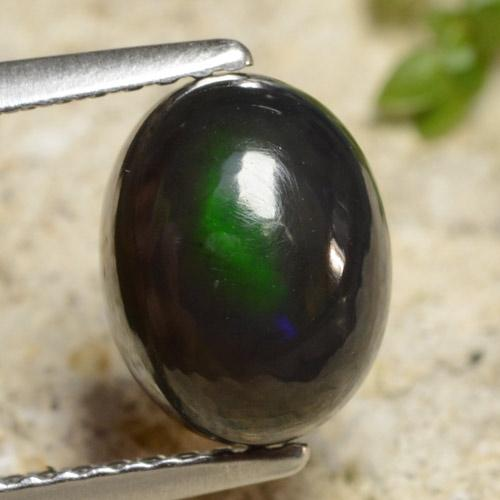 1.7ct Oval Cabochon Multicolor Black Opal Gem (ID: 473441)