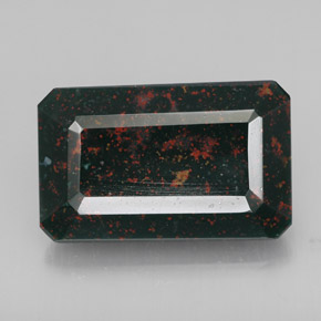 Buy 15.14 ct Spotted Green Bloodstone 19.38 mm x 12.2 mm from GemSelect (Product ID: 309898)