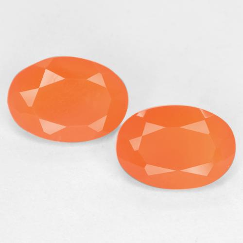 0.7ct Ovale sfaccettato Intense Orange Corniola Gem (ID: 554083)