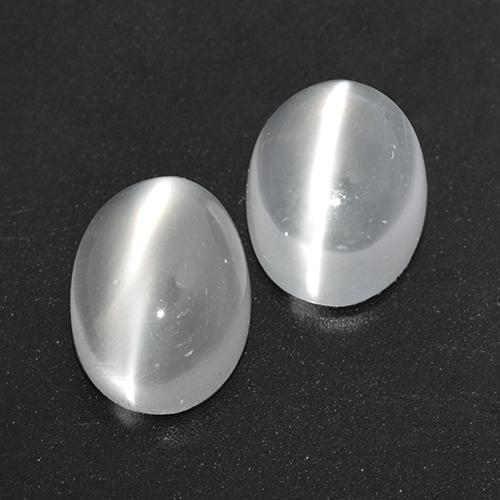 White Cat's Eye Moonstone Gem - 0.9ct Oval Cabochon (ID: 516201)