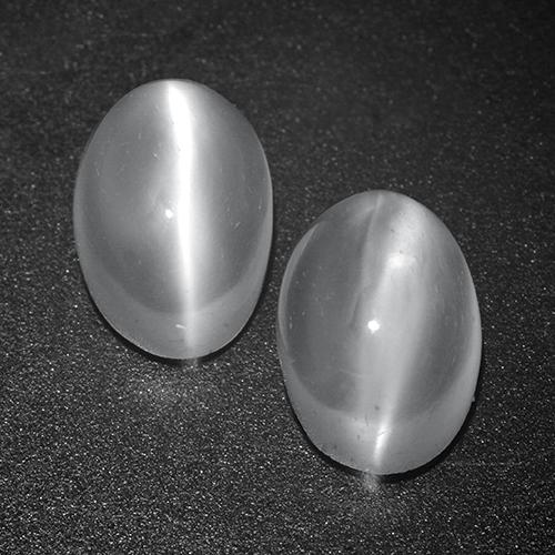 White Cat's Eye Moonstone Gem - 1.2ct Oval Cabochon (ID: 516210)