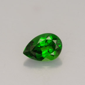 Buy 0.69 ct Green Chrome Diopside 6.75 mm x 4.8 mm from GemSelect (Product ID: 251887)