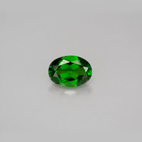 Buy 0.96 ct Green Chrome Diopside 7.17 mm x 5.2 mm from GemSelect (Product ID: 286385)