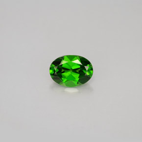 Buy 0.85 ct Green Chrome Diopside 7.10 mm x 5.2 mm from GemSelect (Product ID: 286386)