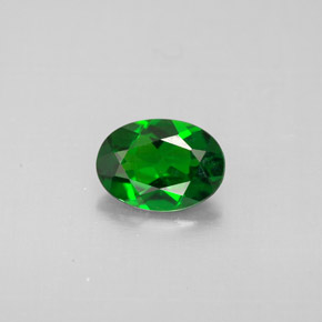 Buy 0.79 ct Green Chrome Diopside 7.09 mm x 5.1 mm from GemSelect (Product ID: 289746)