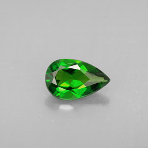 Buy 0.92 ct Green Chrome Diopside 8.03 mm x 5.1 mm from GemSelect (Product ID: 293396)
