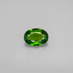 Buy 0.65 ct Green Chrome Diopside 6.93 mm x 5 mm from GemSelect (Product ID: 301518)
