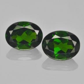 Buy 4.12 ct Green Chrome Diopside 9.12 mm x 6.9 mm from GemSelect (Product ID: 463033)