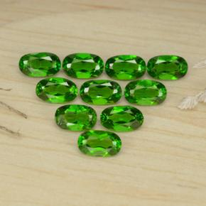 0.26 ct Oval Facet Medium Green Chrome Diopside Gemstone 2.90 mm x 3 mm (Product ID: 469161)
