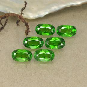 thumb image of 0.3ct Oval Facet Green Chrome Diopside (ID: 493728)