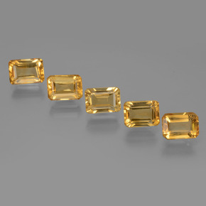 Buy 5.57ct Yellow Golden Citrine 7.09mm x 5.08mm from GemSelect (Product ID: 275158)