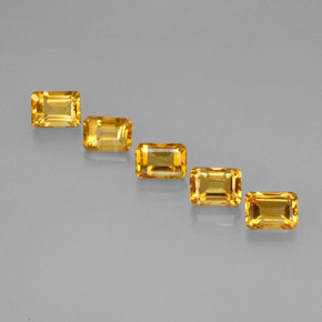 Buy 5.77ct Yellow Golden Citrine 7.00mm x 5.11mm from GemSelect (Product ID: 275163)