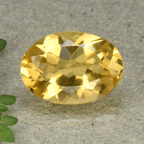 Medium-Light Golden Citrina Gema - 5.2ct Forma ovalada (ID: 492855)
