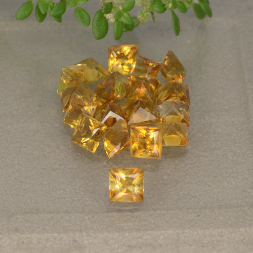 Yellow Citrine Gem - 0.1ct Princess-Cut (ID: 492881)