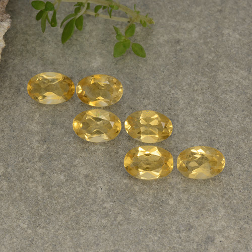 Yellow Golden Citrine Gem - 0.4ct Oval Facet (ID: 496976)