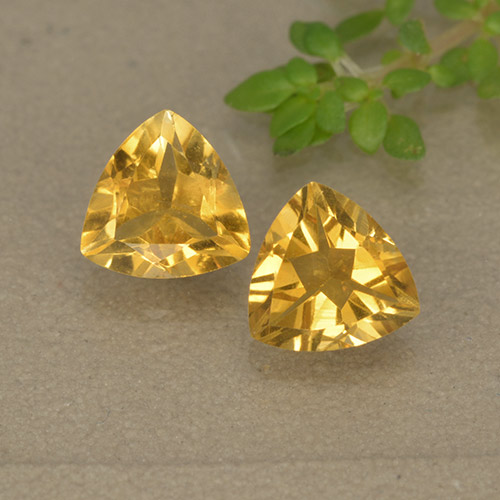Yellow Golden Citrine Gem - 0.7ct Trillion Facet (ID: 499323)