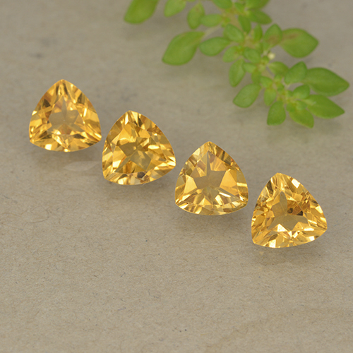 Golden Citrine Gem - 0.7ct Trillion Facet (ID: 499339)