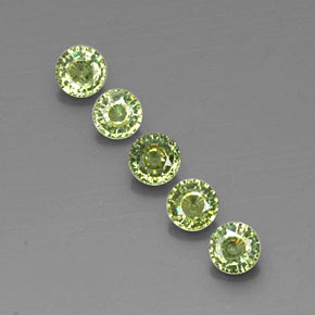 Green Demantoid Garnet Gem - 0.3ct Round Facet (ID: 322103)