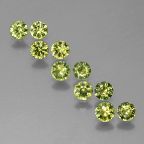 Golden Green Demantoid Garnet Gem - 0.2ct Diamond-Cut (ID: 385229)