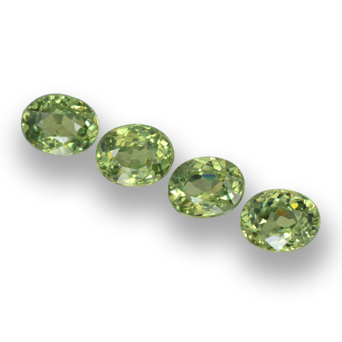 Golden Green Demantoid Garnet Gem - 0.3ct Oval Facet (ID: 458238)