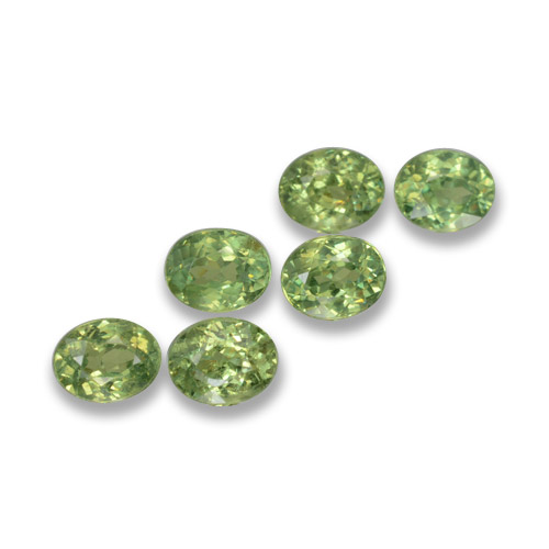 Golden Green Demantoid Garnet Gem - 0.3ct Oval Facet (ID: 458264)