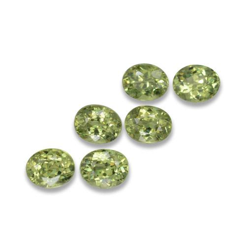 Medium Green Granate Demantoide Gema - 0.3ct Forma ovalada (ID: 458265)