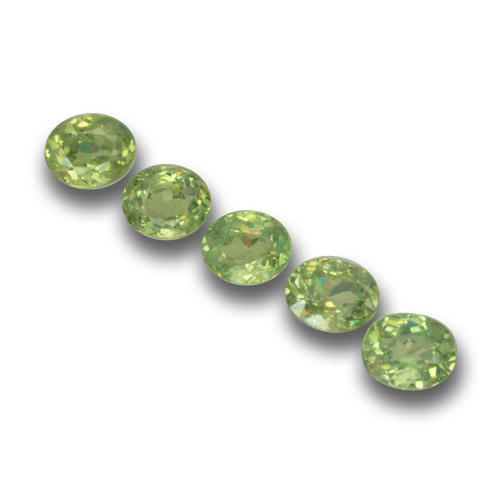 Golden Green Demantoid Garnet Gem - 0.3ct Oval Facet (ID: 458672)