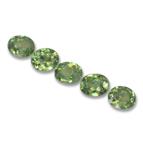 Golden Green Demantoid Garnet Gem - 0.4ct Oval Facet (ID: 458679)