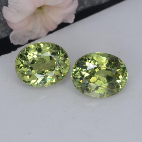Green Demantoid Garnet Gem - 0.5ct Oval Facet (ID: 458754)