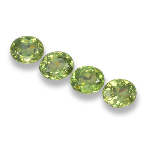 Green Demantoid Garnet Gem - 0.5ct Oval Facet (ID: 461514)