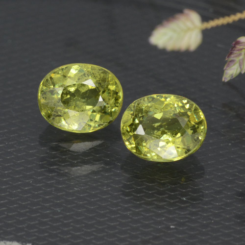 Medium Yellow Demantoid Garnet Gem - 0.5ct Oval Facet (ID: 471686)