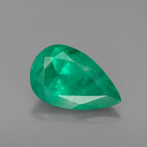 Buy 1.40 ct Green Emerald 10.19 mm x 6.5 mm from GemSelect (Product ID: 271527)