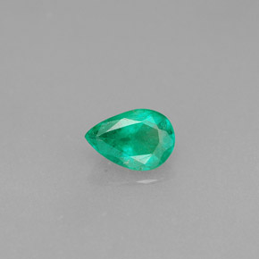 Buy 0.33 ct Green Emerald 5.84 mm x 4 mm from GemSelect (Product ID: 285076)