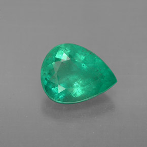 Buy 1.58ct Green Emerald 8.82mm x 6.95mm from GemSelect (Product ID: 285429)