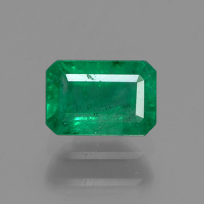 Buy 0.60 ct Green Emerald 5.96 mm x 4.1 mm from GemSelect (Product ID: 291398)