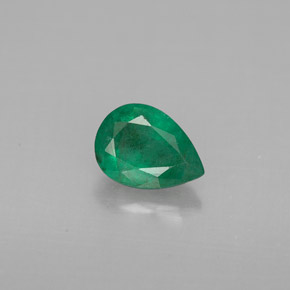Buy 0.63 ct Green Emerald 6.78 mm x 4.9 mm from GemSelect (Product ID: 296221)