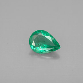 Buy 0.50 ct Green Emerald 6.92 mm x 5 mm from GemSelect (Product ID: 296255)