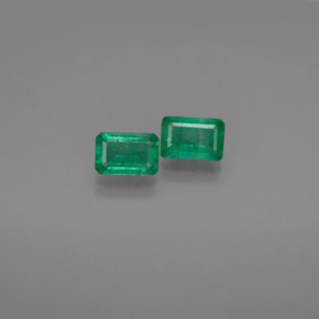 Buy 1.11 ct Green Emerald 6.02 mm x 4 mm from GemSelect (Product ID: 303177)