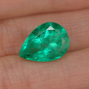4.79 ct Natural Green Emerald