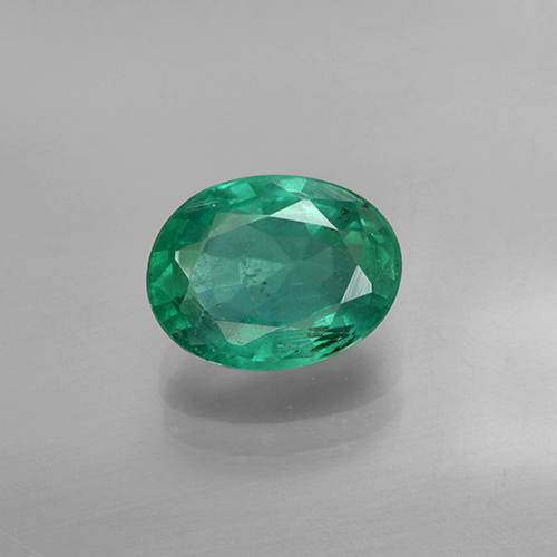 1.4ct Oval Facet Medium Green Emerald Gem (ID: 412014)